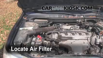 2000 Honda Accord EX 2.3L 4 Cyl. Sedan (4 Door) Filtro de aire (motor)