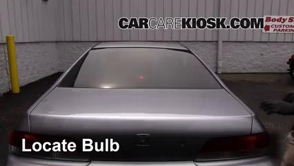 2000 Honda Prelude 2.2L 4 Cyl. Luces Luz de freno central (reemplazar foco)