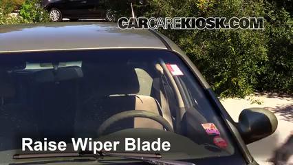 2000 Hyundai Sonata GLS 2.5L V6 Windshield Wiper Blade (Front)