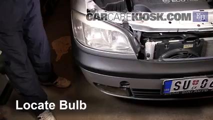 2000 Opel Zafira DTI Life 2.0L 4 Cyl. Turbo Diesel Luces Luz de niebla (reemplazar foco)