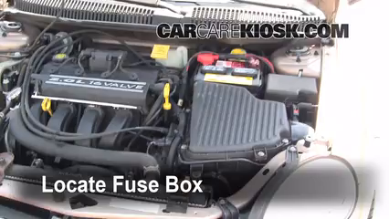 replace a fuse 2000 2005 dodge neon 2001 dodge neon 2 0l 4 cyl rh carcarekiosk com  2003 dodge neon fuse box location