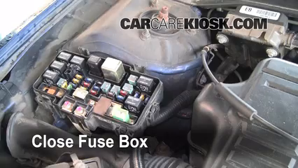 replace a fuse 2001 2005 honda civic 2001 honda civic ex 1 7l 4 rh carcarekiosk com 2006 Honda Civic Fuse Box Location 2001 Honda Civic Fuse Box Location