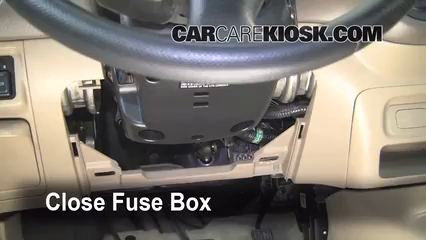 interior fuse box location 2001 2005 honda civic 2001 2004 honda civic under dash fuse box diagram 2001 civic fuse diagram group