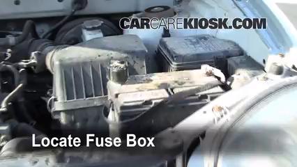 Replace a Fuse: 2001-2006 Hyundai Santa Fe - 2001 Hyundai Santa Fe ...