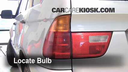 2001 BMW X5 3.0i 3.0L 6 Cyl. Luces Luz de giro trasera (reemplazar foco)