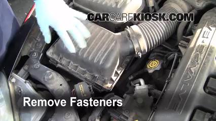 2001 Chrysler LHS 3.5L V6 Batterie Nettoyer la batterie et les cosses