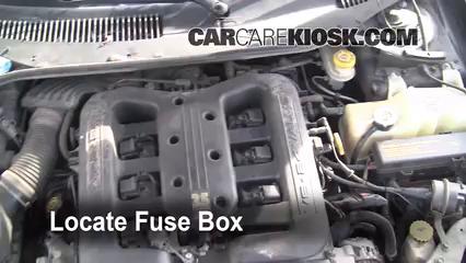 2001 Chrysler LHS 3.5L V6 Fusible (moteur) Remplacement