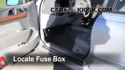 2001 Lincoln Continental 4.6L V8 Fusible (interior)