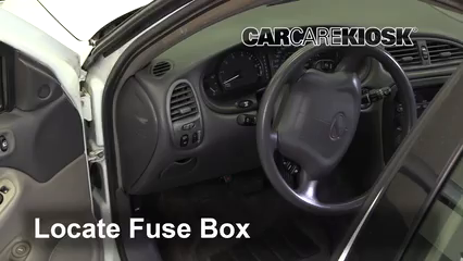 2001 Oldsmobile Alero GL 2.4L 4 Cyl. Sedan (4 Door) Fuse (Interior)