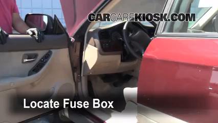 2001 Subaru Outback Limited 2.5L 4 Cyl. Wagon Fusible (interior)