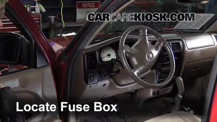 2001 Toyota Tacoma DLX 3.4L V6 Extended Cab Pickup Fuse (Interior)