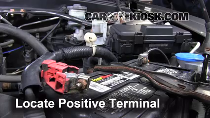 How To Jumpstart A Acura RSX Acura RSX TypeS L - Acura rsx battery