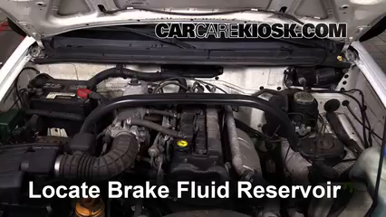 2002 Chevrolet Tracker 2.0L 4 Cyl. (4 Door) Brake Fluid