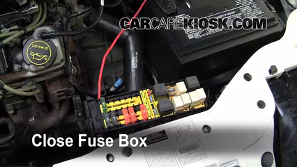 2002 Ford Taurus SE 2 Valve 3.0L V6%2FFuse Engine Part 2 replace a fuse 2000 2007 ford taurus 2002 ford taurus se 2 2002 ford taurus under hood fuse box diagram at gsmx.co
