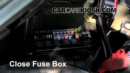 interior fuse box location 2000 2006 lincoln ls 2000. Black Bedroom Furniture Sets. Home Design Ideas