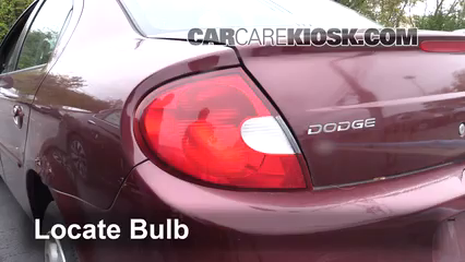 2002 Dodge Neon SE 2.0L 4 Cyl. Luces Luz trasera (reemplazar foco)