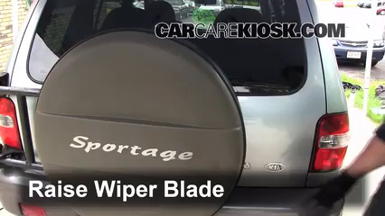 2002 Kia Sportage 2.0L 4 Cyl. Sport Utility (4 Door) Windshield Wiper Blade (Rear)