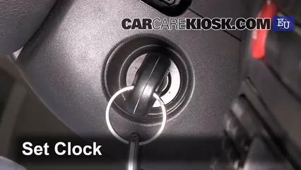 2002 SEAT Ibiza Stella 1.2L 3 Cyl. Clock