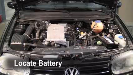 2002 Volkswagen Cabrio GLX 2.0L 4 Cyl. Battery