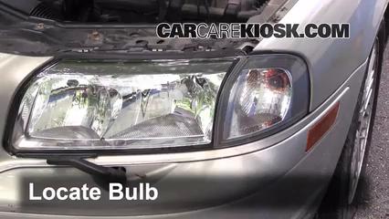2002 Volvo S80 2.9 2.9L 6 Cyl. Lights Headlight (replace bulb)