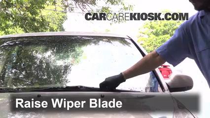 2002 Volvo S80 2.9 2.9L 6 Cyl. Windshield Wiper Blade (Front)