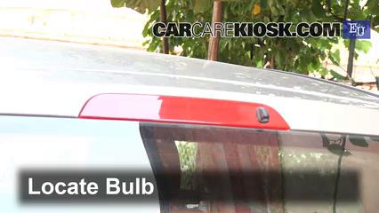 2003 ford fiesta tdci 1 4l 4 cyl  turbo diesel lights center brake light (