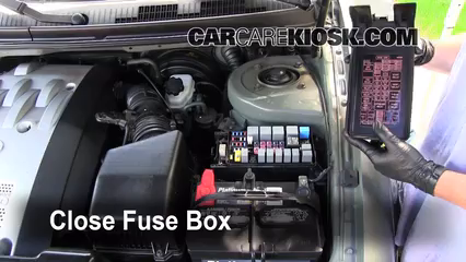 blown fuse check 2002 2005 kia sedona 2003 kia sedona ex 3 5l v66 replace cover secure the cover and test component