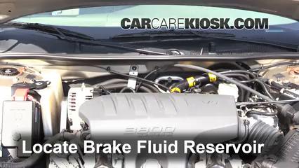 2003 Buick Regal LS 3.8L V6 Líquido de frenos Controlar nivel de líquido