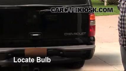 2003 Chevrolet Suburban 1500 LT 5.3L V8 Luces Luz de giro trasera (reemplazar foco)