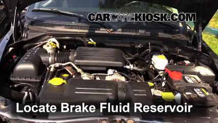 2003 Dodge Dakota SLT 4.7L V8 Crew Cab Pickup (4 Door) Liquide de frein