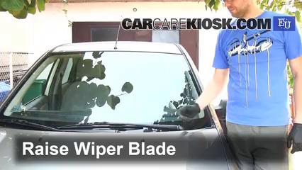 2003 Ford Fiesta TDCi 1.4L 4 Cyl. Turbo Diesel Windshield Wiper Blade (Front)