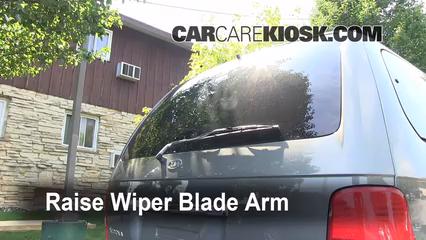 2003 Kia Sedona EX 3.5L V6 Windshield Wiper Blade (Rear)