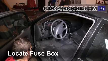 2003 Mitsubishi Colt GL 1.3L 4 Cyl. Fuse (Interior)