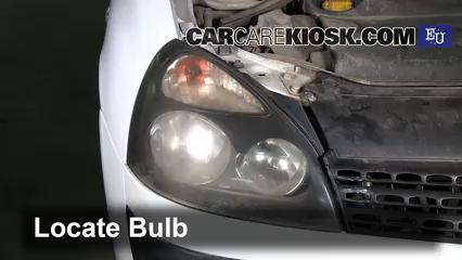 2003 Renault Clio dCi 1.5L 4 Cyl. Turbo Diesel Luces Luz de estacionamiento (reemplazar foco)