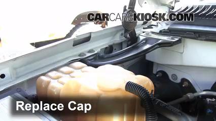 Fix Coolant Leaks 19992007 Chevrolet Silverado 1500 2004. Secure The Coolant Reservoir Cap. Chevrolet. 2004 Chevrolet Suburban Coolant Diagram At Scoala.co