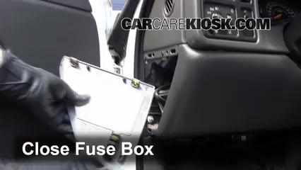 Interior Fuse Box Location 1999 2007 Chevrolet Silverado 1500 2004 Chevrolet Silverado 1500 Ls 5 3l V8 Flexfuel Extended Cab Pickup 4 Door