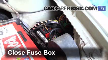 replace a fuse: 2002-2009 citroen c3 - 2004 citroen c3 sx 1 4l 4 cyl  turbo  diesel