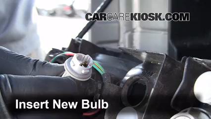 Third Brake Light Bulb Change Jeep Wrangler 1997 2006 2004 Jeep Wrangler Rubicon 4 0l 6 Cyl