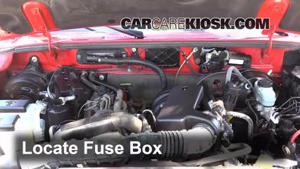 Blown    Fuse    Check 19982009    Mazda       B3000     2004    Mazda       B3000