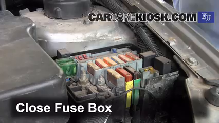 blown fuse check 2000 2005 peugeot 206 2004 peugeot 206 xs 2 0l 4 rh carcarekiosk com peugeot 206 engine bay fuse box