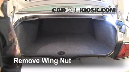 2004 Buick Century Custom 3.1L V6 Monter sur cric Utiliser le cric pour lever la voiture