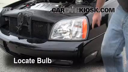 2004 Cadillac DeVille DTS 4.6L V8 Lights Fog Light (replace bulb)