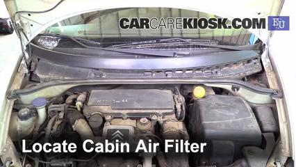 2004 Citroen C3 SX 1.4L 4 Cyl. Turbo Diesel Filtre à air (intérieur)