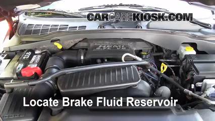 2004 Dodge Durango SLT 5.7L V8 Brake Fluid