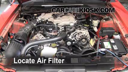2004 Ford Mustang 3.9L V6 Coupe Filtre à air (moteur) Changement