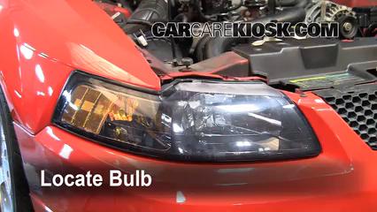2004 Ford Mustang 3.9L V6 Coupe Éclairage Feu clignotant avant (remplacer l'ampoule)