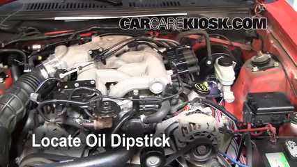 2004 Ford Mustang 3.9L V6 Coupe Huile Vérifier le niveau de l'huile
