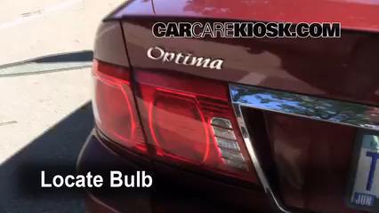 2004 Kia Optima EX 2.7L V6 Lights
