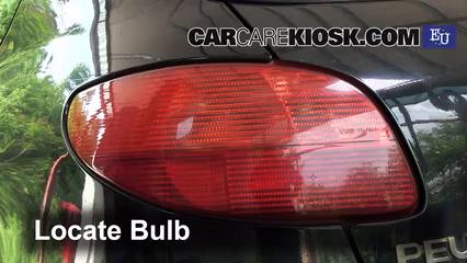 2004 Peugeot 206 XS 2.0L 4 Cyl. Turbo Diesel Luces