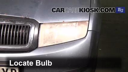 2004 Skoda Fabia Ten 1.2L 3 Cyl. Luces Luz de estacionamiento (reemplazar foco)